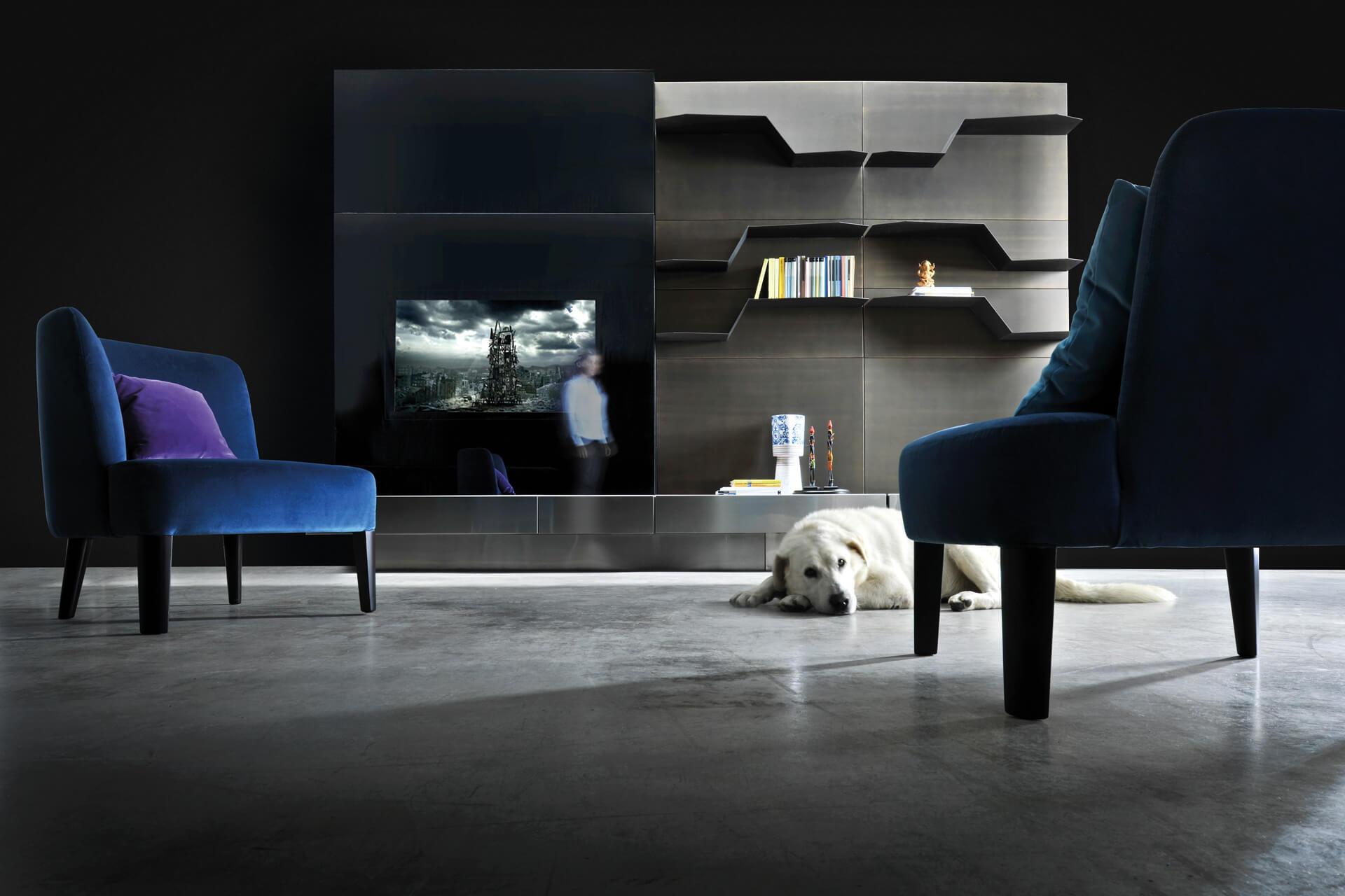 Specchio porta tv di design moderno modello 39 mr hyde - Specchio con tv ...