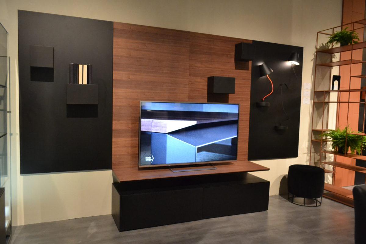 Mobile porta Tv Bench Salone del Mobile 2018
